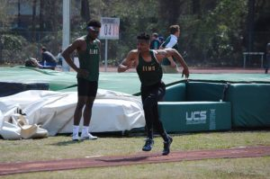 Photo of accounting major and track and field athlete Jonathan Lester
