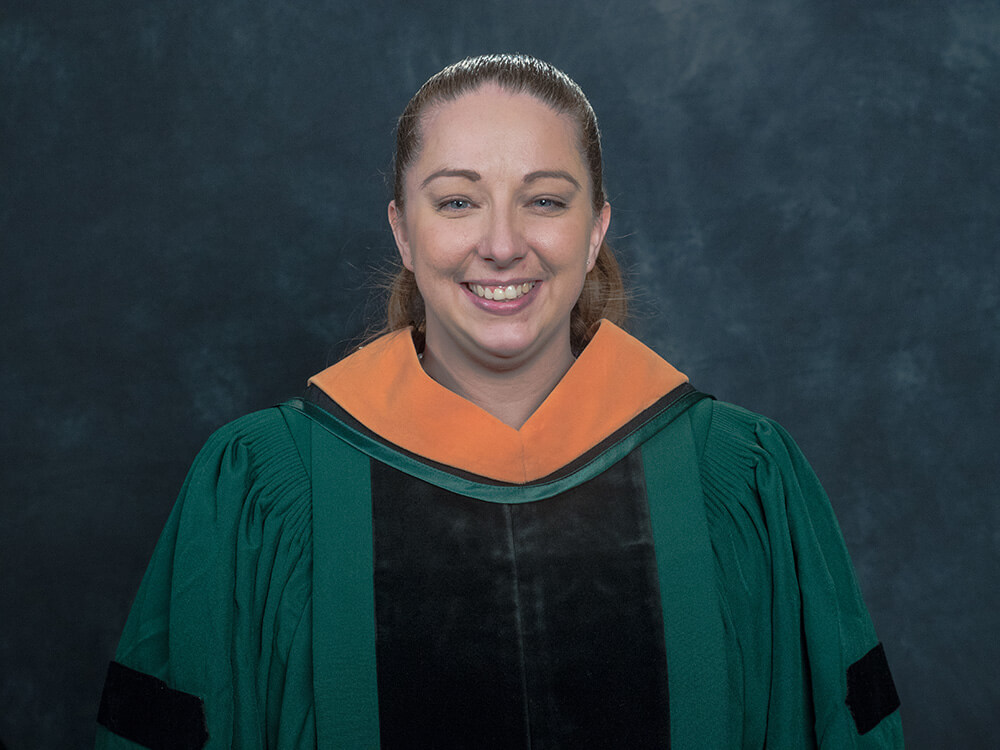 Photo of Michelle Dedon '18, a DNP-FNP graduate
