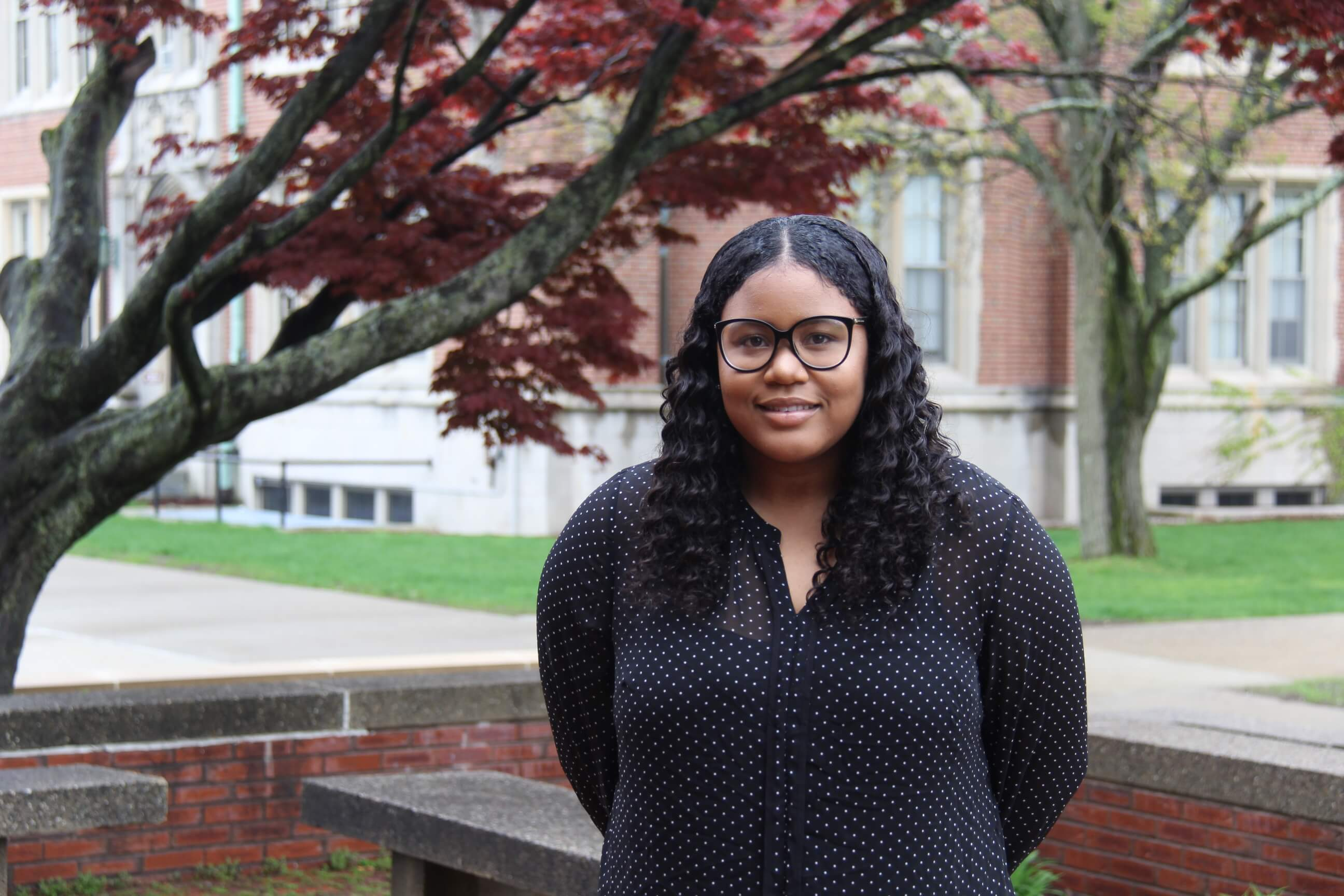 Photo of Nakia Mabin '19, a math and biology double major