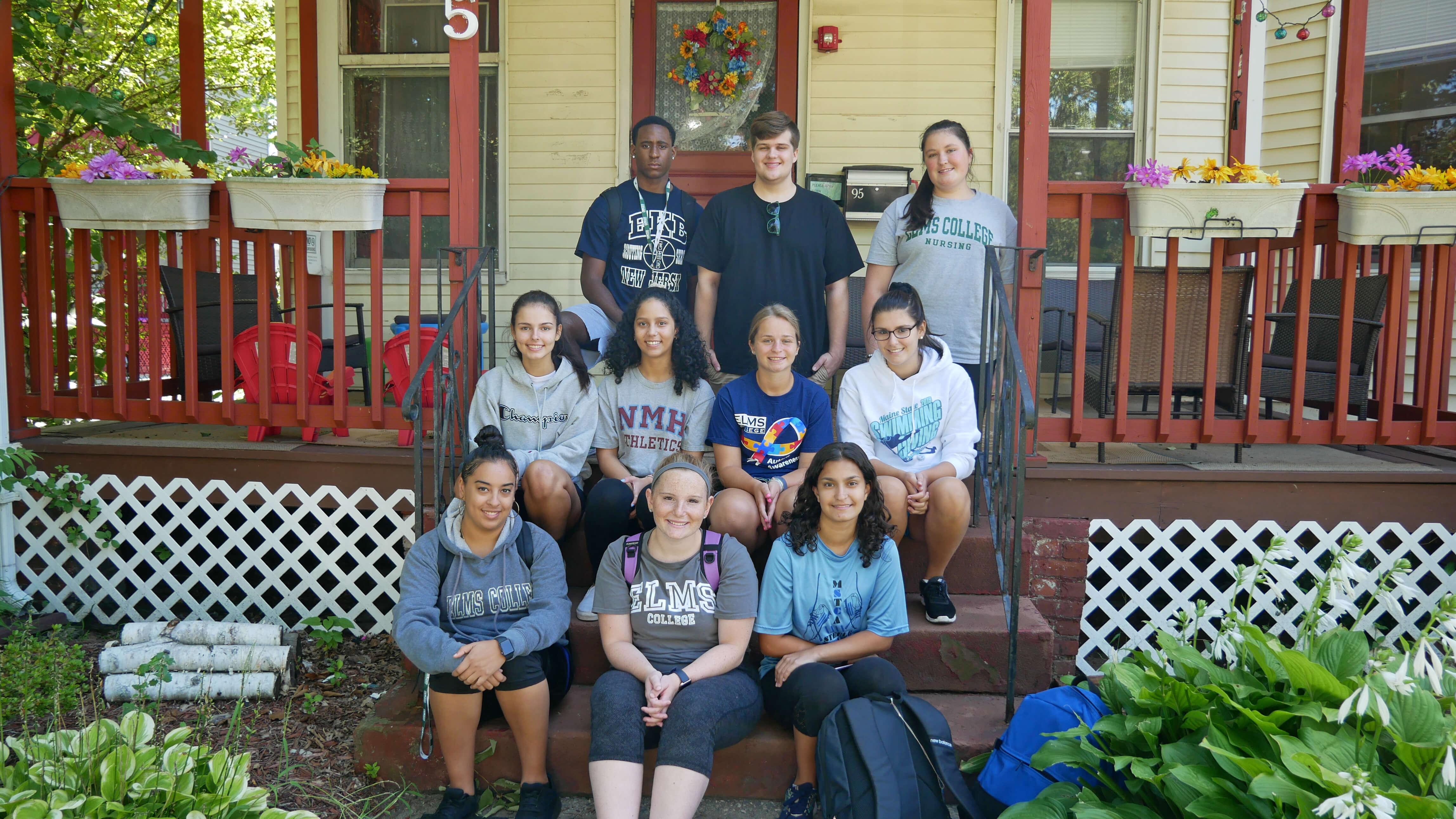 Photo of students volunteering during Dorothy Day 2019