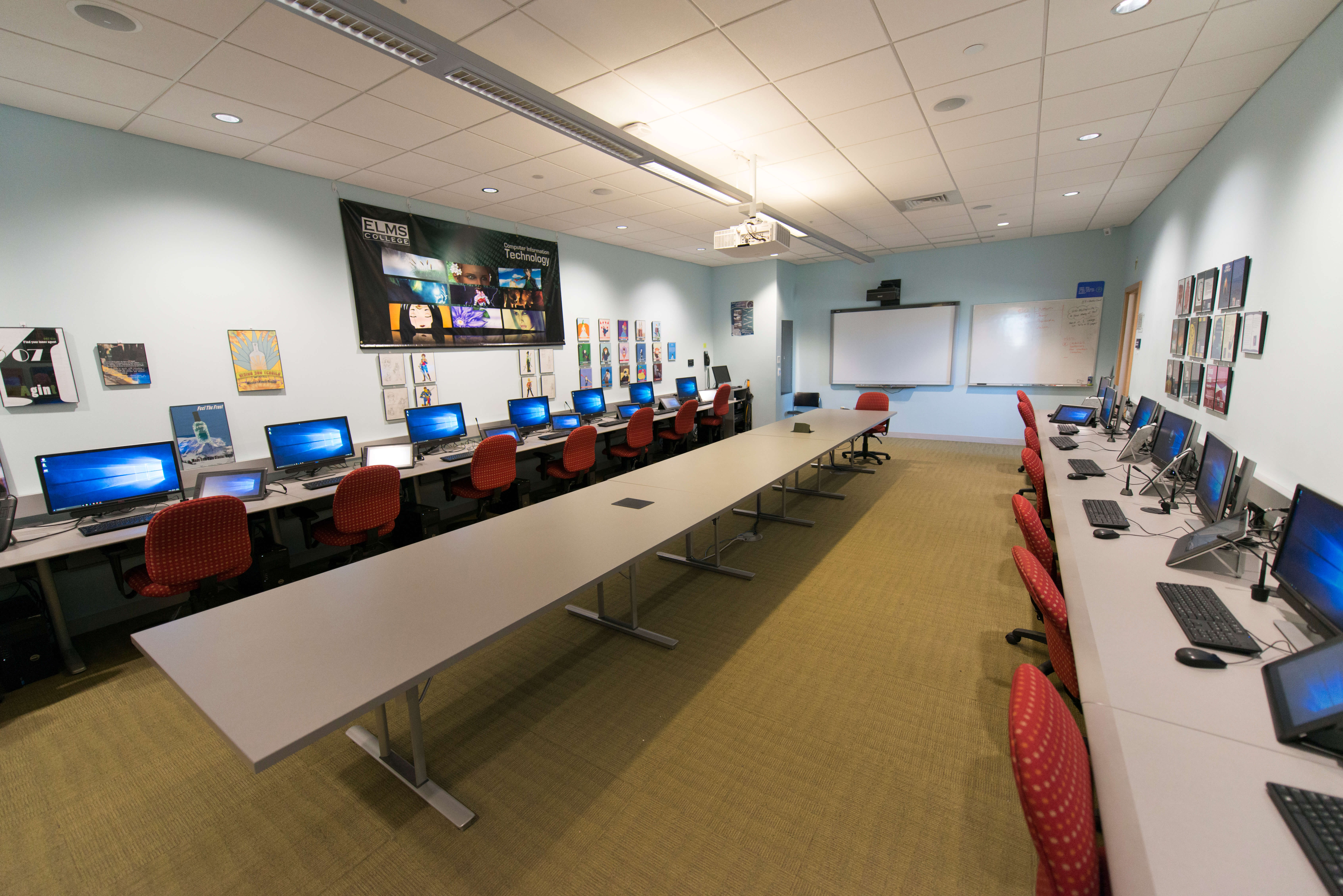 Photo of the Computer Information Technology and Security (CITS) lab in the Lyons Center