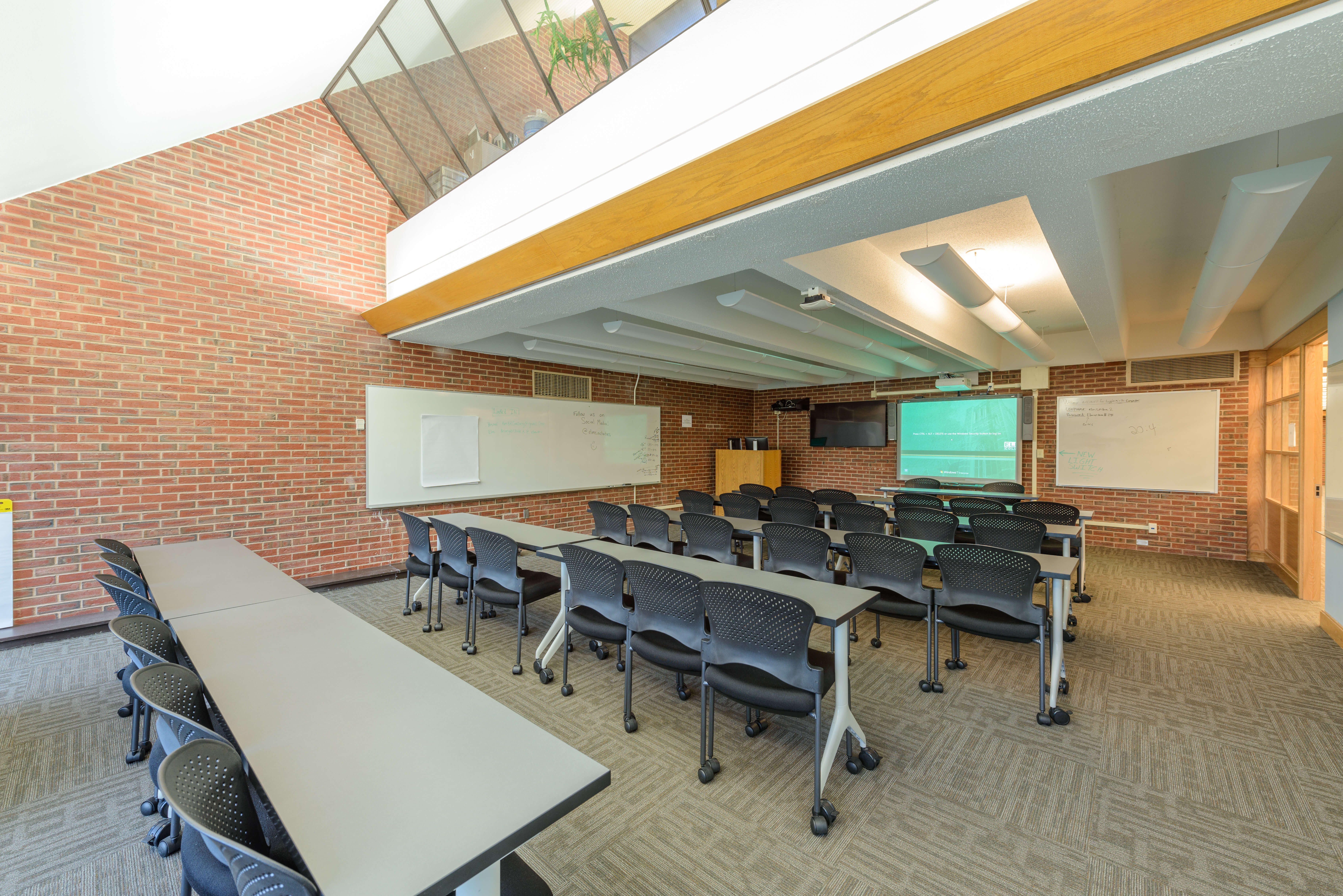 Photo of a classroom in Alumnae Library
